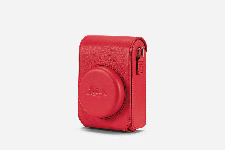 18847 - C-Lux-Case leather red 1512x1008 BG=f4f4f4