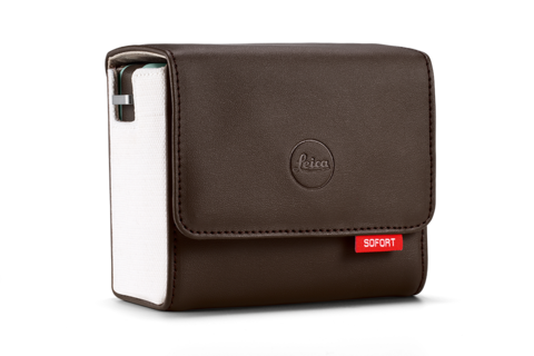 Leica Sofort Accessoire - brown bag side - 960x640