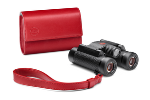 Leica Ultravid 8x20 Christmas Edition