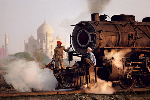 ELM_SteveMcCurry_INDIA1_1512x1008