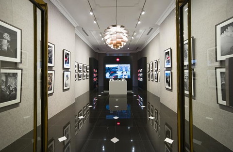Gallery Singapore Inside