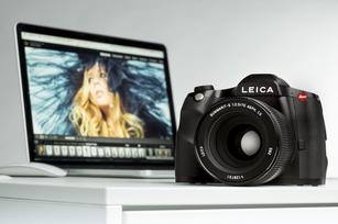 dba953adc57 Leica S 007 Teaser