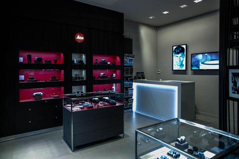 leica store marseille leica stores dans le monde stores revendeurs leica camera ag. Black Bedroom Furniture Sets. Home Design Ideas