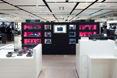 leica store paris galeries lafayette leica stores worldwide stores dealers leica camera ag. Black Bedroom Furniture Sets. Home Design Ideas