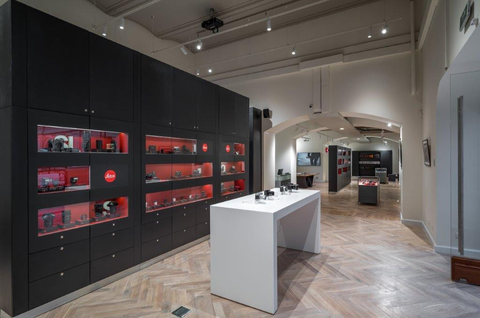 Leica Store Moscow GUM - image 3
