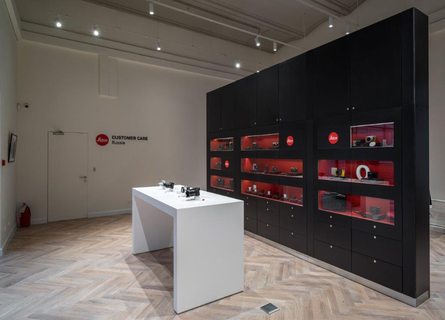 Leica Store Moscow GUM - image 7